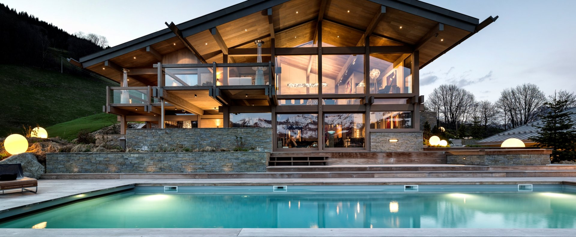 Luxury chalet mont blanc megeve france luxury ski chalets ultimate luxury chalets - Chalet modern design ...