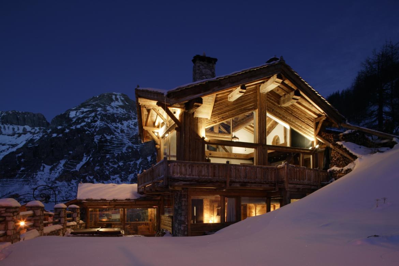 luxury chalet le kilimanjaro val d isere ski chalets ultimate luxury chalets