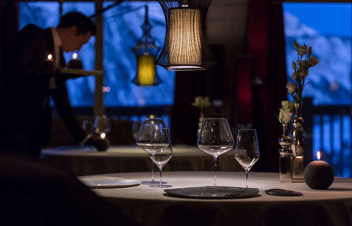 gourmet dining Courchevel 1850, luxury restaurants in Courchevel, Michelin restaurants Courchevel 1850, Michelin restaurants 3 Valleys, dining in Courchevel
