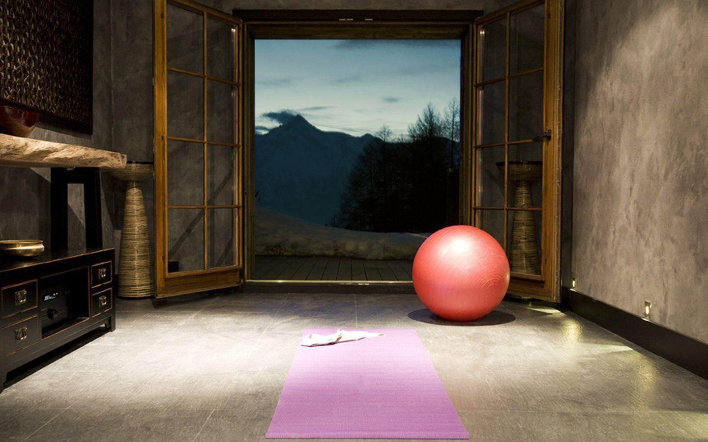 mountain yoga, yoga in the alps, ski yoga, ski chalet yoga studio, yoga with a view