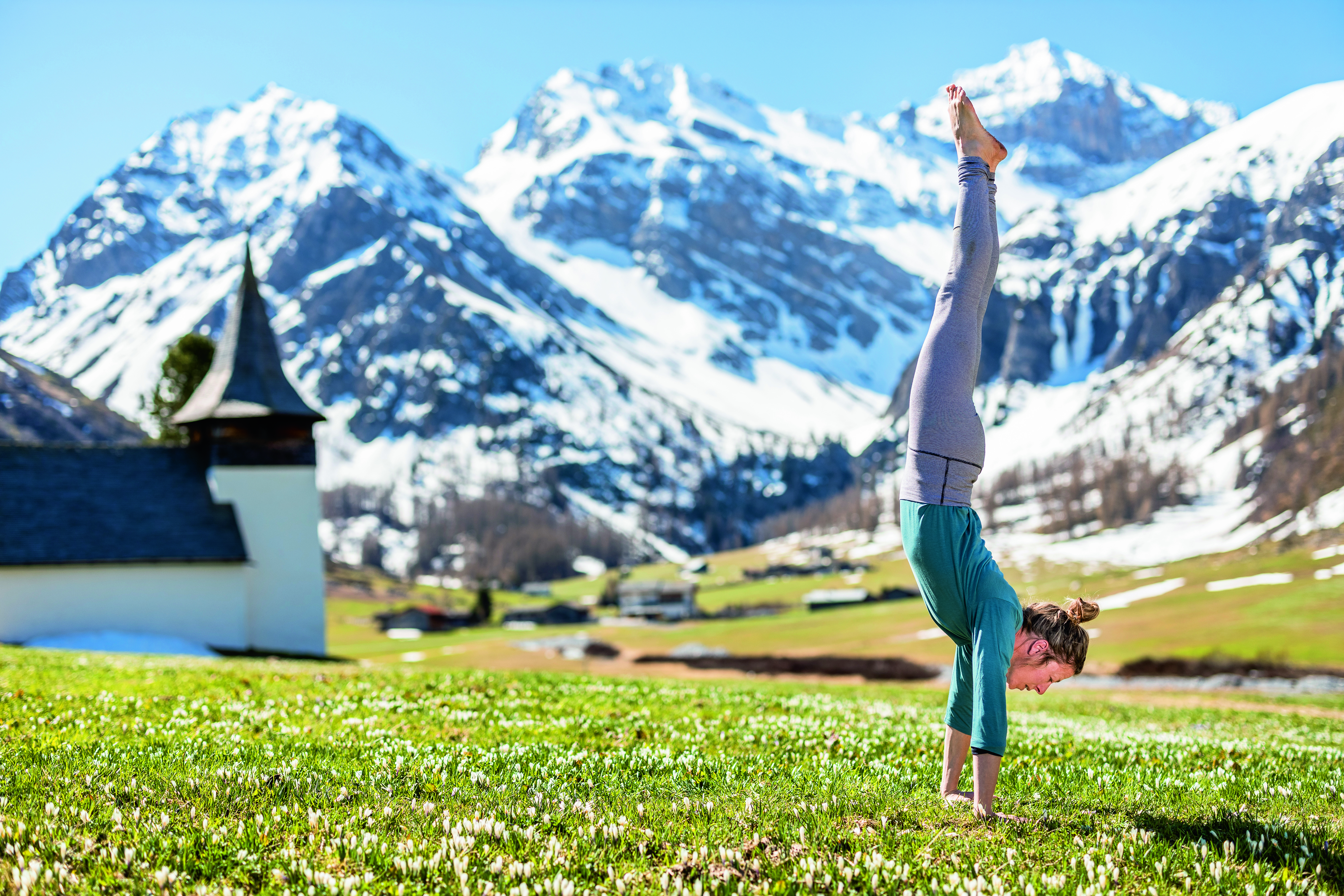 yoga in the alps, mountain yoga, alpine yoga holiday, mountain yoga retreat, luxury yoga holiday