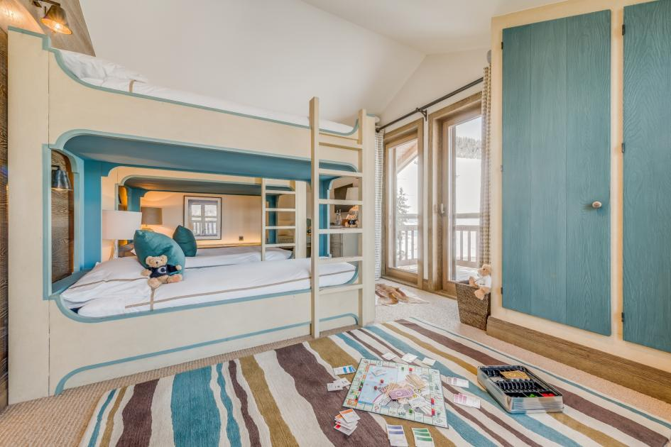 family chalets in the 3 Valleys, luxury family chalet courchevel, best family chalets in the Alps, ultimate family chalets, ultimate family ski holidays Courchevel
