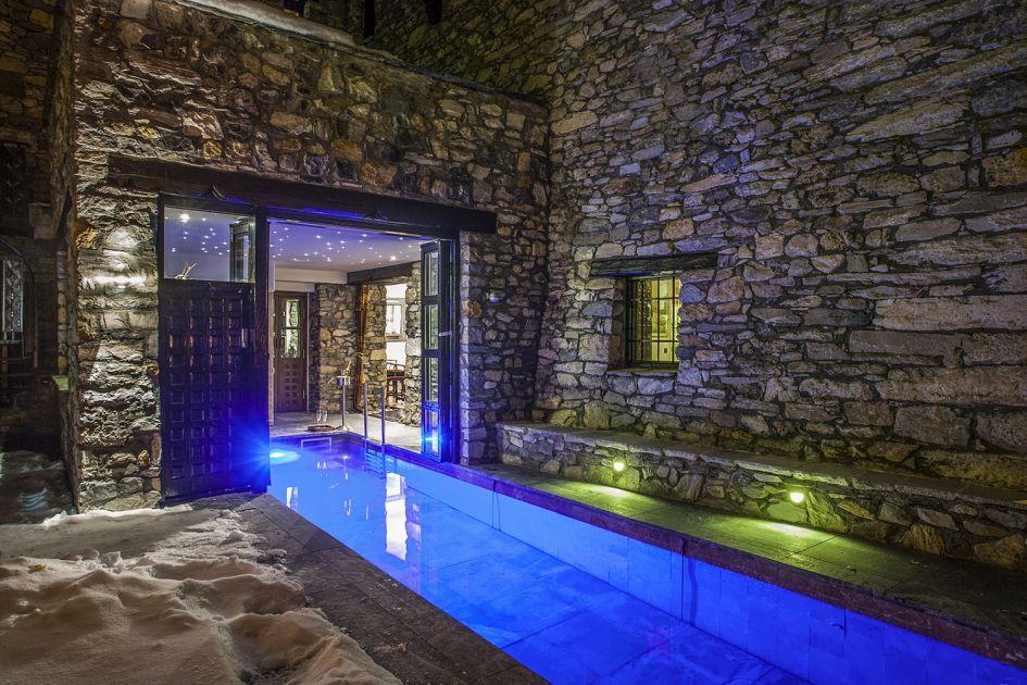 unique luxury chalets, luxury ski chalet Val d'Isere, Val d'Isere chalet with a pool, luxury family ski chalet
