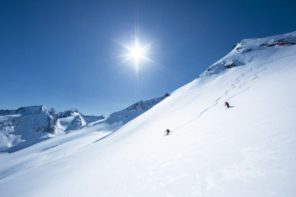 Reasons to go spring skiing