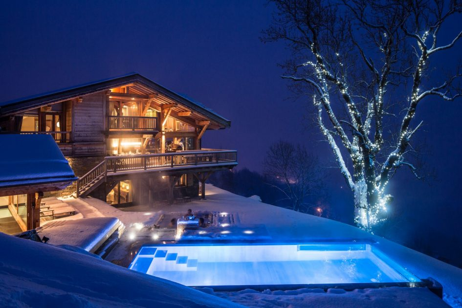 luxury chalet in Les Gets with a swimming pool, chalet with a swimming pool in Les Gets