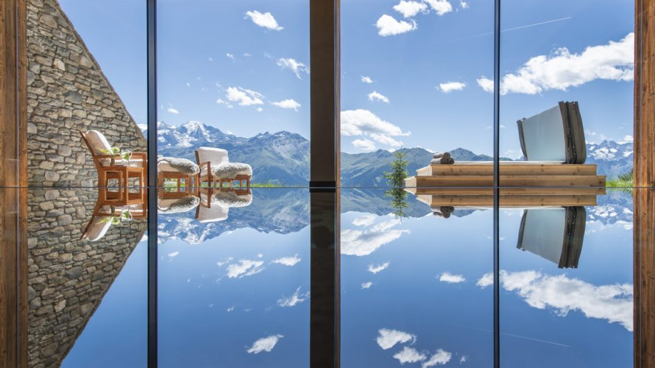 best luxury chalets with a swimming pool, luxury chalets with a pool, ski chalets in the Alps with a pool