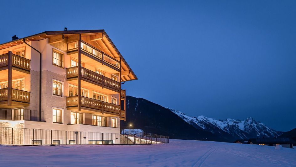 luxury chalet, private chalet, exclusive chalet, St Anton