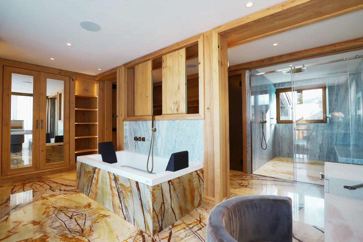 luxury ski chalet, luxury ski holiday, luxury bathroom, Courchevel 1850, Chalet Aurore
