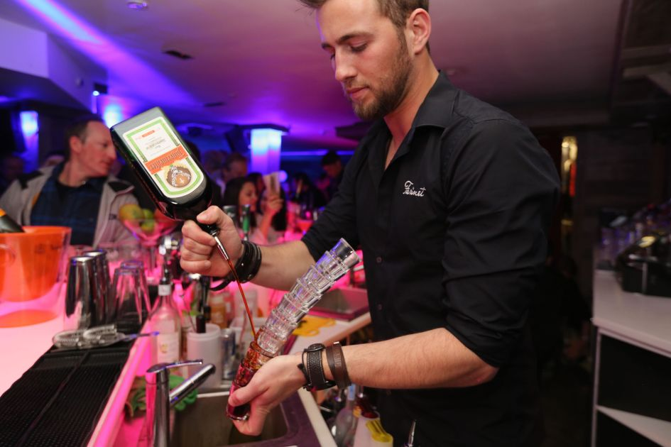 Pouring Drinks at Farinet Lounge