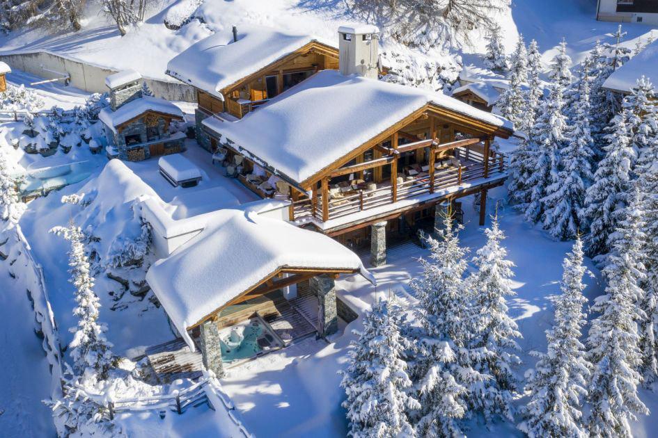 luxury chalet Verbier, ski retreat, winter retreat, spa retreat, luxury retreat Verbier