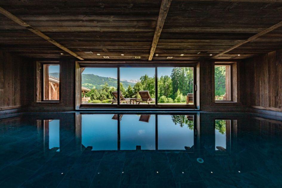 luxury chalet Megeve, Megeve winter retreat, luxury winter retreat, luxury mountain holiday