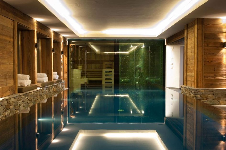 chalet with swimming pool in Verbier, Verbier chalet with swimming pool, best chalet swimming pools in Switzerland
