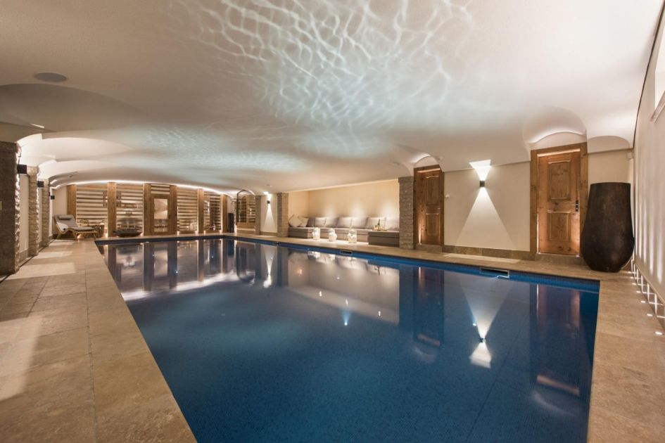 Verbier chalet with a swimming pool, private swimming pools in Verbier, ski chalets in verbier, catered ski chalets in switzerland