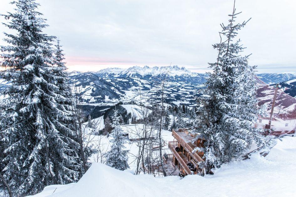 luxury winter retreat, luxury chalet Kitzbuhel, scenic luxury chalet holiday, luxury mountains escape